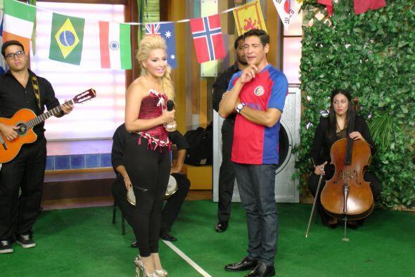 La dominicana Giselle Tavera también nos hizo bailar y gozar con su pasi...