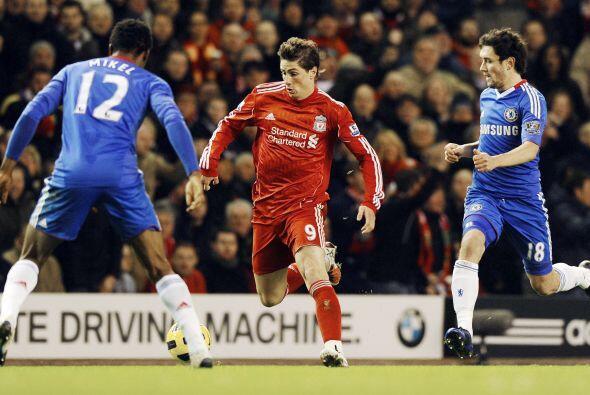 La fecha 11 de la Liga inglesa vivió el duelo entre Liverpool y Chelsea.