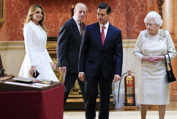 Así visitaron la colección de arte mexicano de la reina.