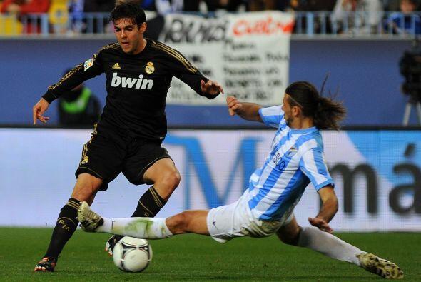 Para el segundo tiempo, el Real Madrid comenzó dominando el partido.