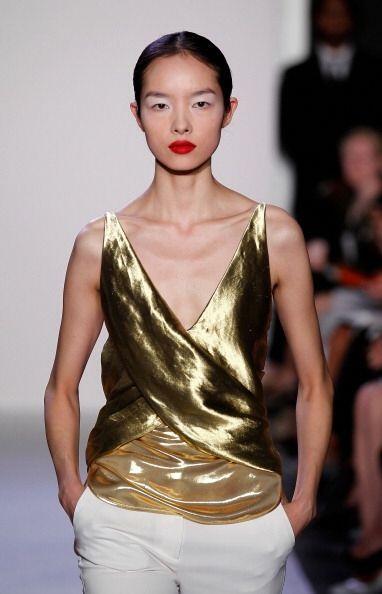 ¿Qué opinas de la esta moda metalizada?, ¿aún no te convence su esplendor?