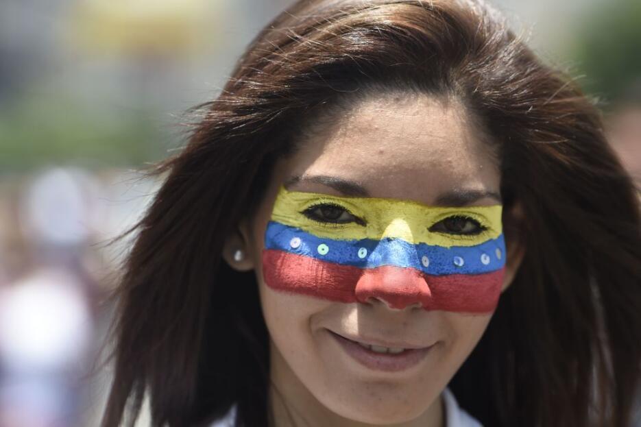 Venezuela arde entre protestas GettyImages-666183894.jpg