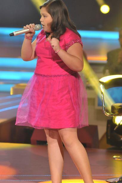 Dania ha demostrado tener un gran talento para el canto.