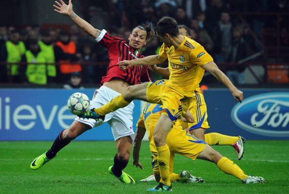 Milan se mantiene firme en la 'Champions'.