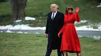 La secreta y elegante estrategia detrás de los vestidos de Melania Trump