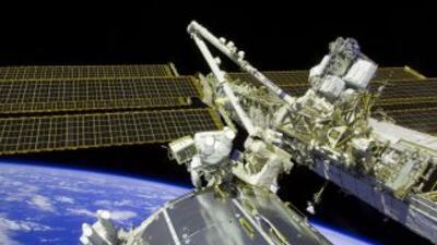 Los astronautas completaron sin dificultad todas las tareas relacionadas...