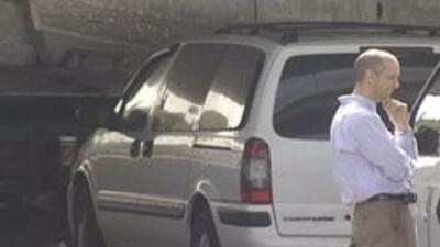 Hallaron hombre muerto por semanas en su automovil 859ab1c77b044406a8f13...