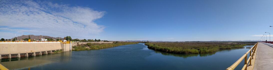 En fotos: Escenas cotidianas en la cuenca baja del río Colorado  pano-20...