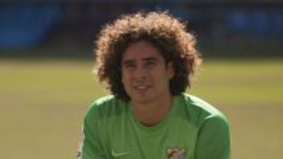 El Málaga apostó por la calidad del portero mexicano Guillermo Ochoa, qu...