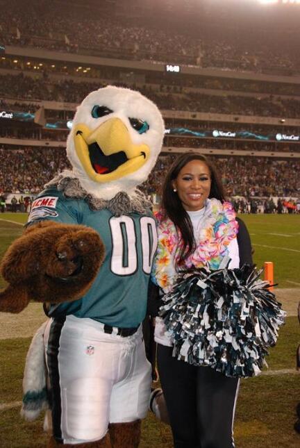 Mira quién es la porrista elegida por los Philadelphia Eagles para estar...