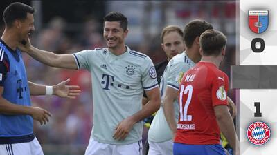 Lewandowski salvó al Bayern que dominó pero sufrió ante un club de cuarta división en la Pokal