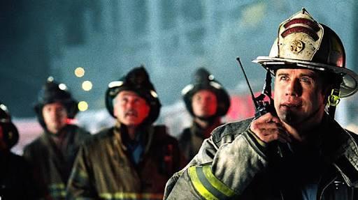 La vida del bombero Jack Morrison (Joaquin Phoenix) pende de un hilo. Al...