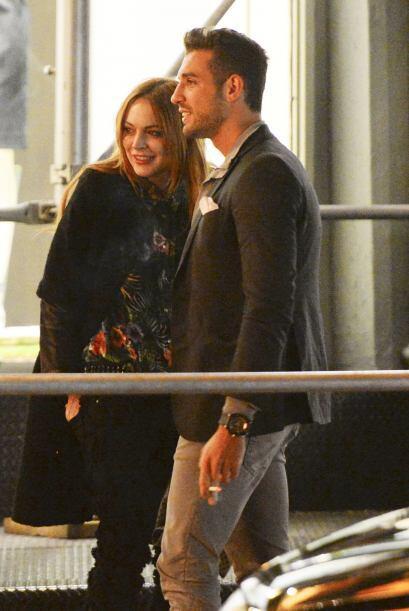 Todo parece indicar que Lindsay Lohan se volvió a enamorar.  Mira los ch...