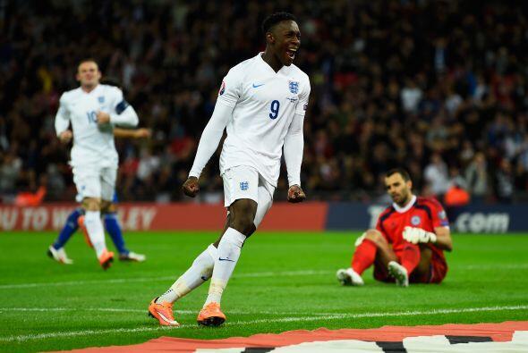El joven talento inglés cerró una jugada donde sólo tuvo que empujar la...