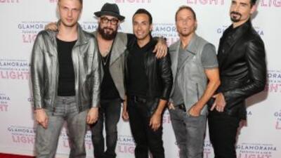 Los Backstreet Boys siguen ganando dinero como rockstars.