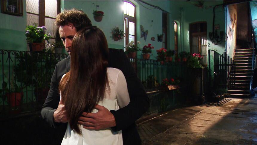 Adriana Louvier tuvo mucho amor en Yo No Creo En Los Hombres  65B7FFBDD8...