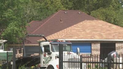 Autoridades confiscan botes y vehículos durante un operativo en el suroeste de Houston