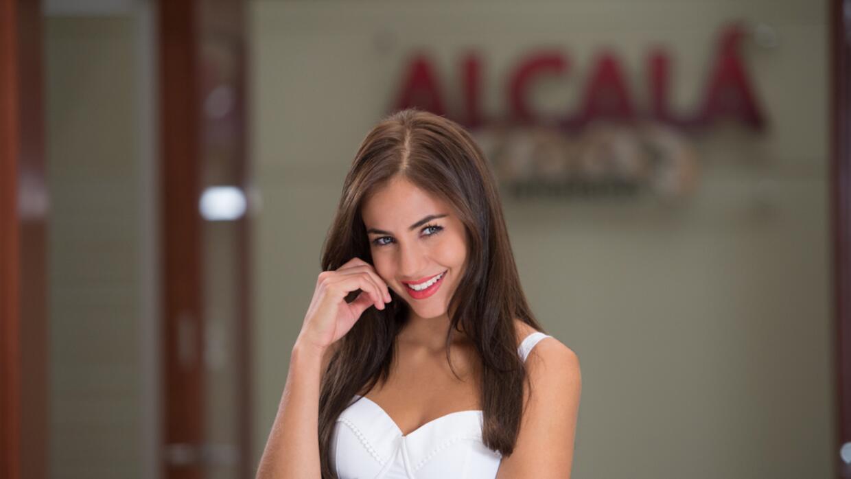Ela Velden es Maia Alcalá González