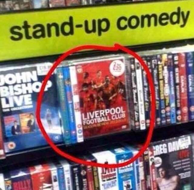 Liverpool vence al Everton y se lleva el derbi de Merseyside 23.jpg