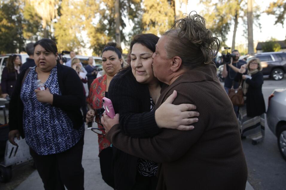 Hispanos consternados por tiroteo en California  sanbernardino5.jpg