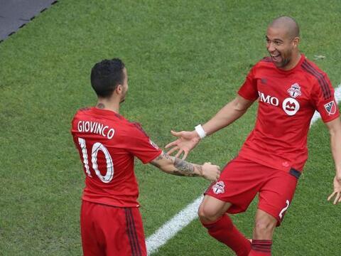 DEF - JUSTIN MORROW (Toronto FC) | Como lateral derecho demostró...