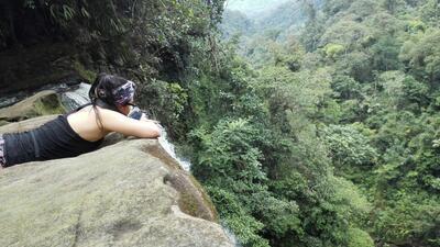 Las áreas que rodean Moncoa sorprenden por su selva y sus cascadas.