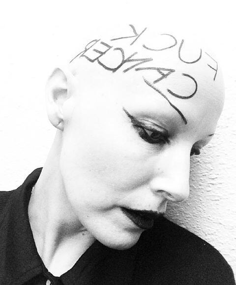 """El eslogan """"Fuck Cancer"""", una ayuda para la lucha contra el cá..."""
