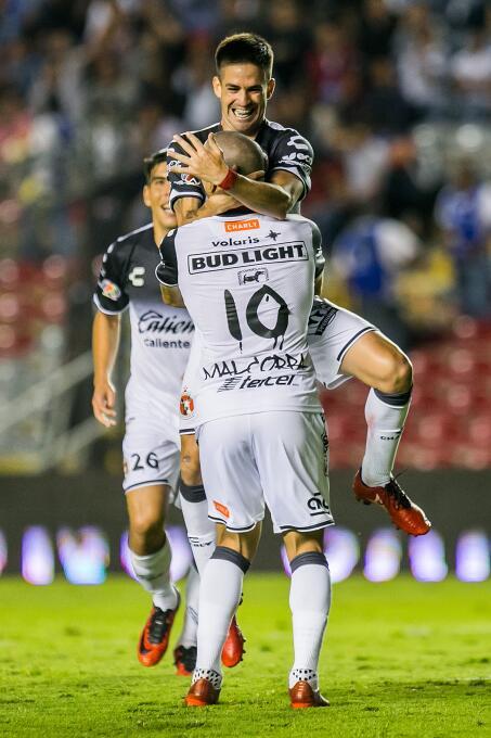Tijuana liga dos victorias tras vencer al Querétaro a domicilio Damian P...
