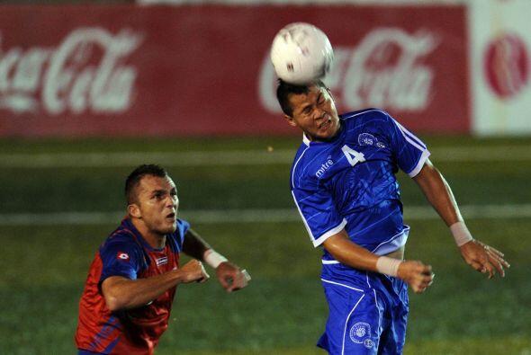Este fue el último partido del entrenador interino de Costa Rica,  Ronal...