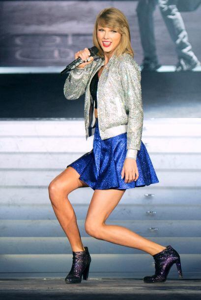 A Taylor le encantan las 'minis' pues al bailar sabe que luce sus maravi...