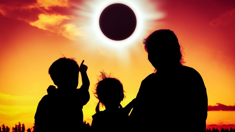 Cómo el eclipse solar afectará nuestra energía en la vida personal y pro...