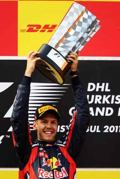 Por ahora, Vettel no piensa en otra cosa que no sea celebrar.