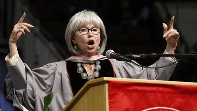 Rita Moreno le pone 'rap y azúcar' a su discurso en Berklee  b8737742b0e...