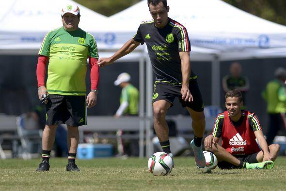 Para fortuna de Miguel Herrera la ausencia de Layún puede ser cubierta p...