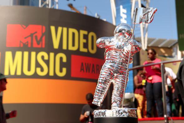7. MTV  % de disminución del valor de marca: 12%  Valor de marca: $5.6 m...