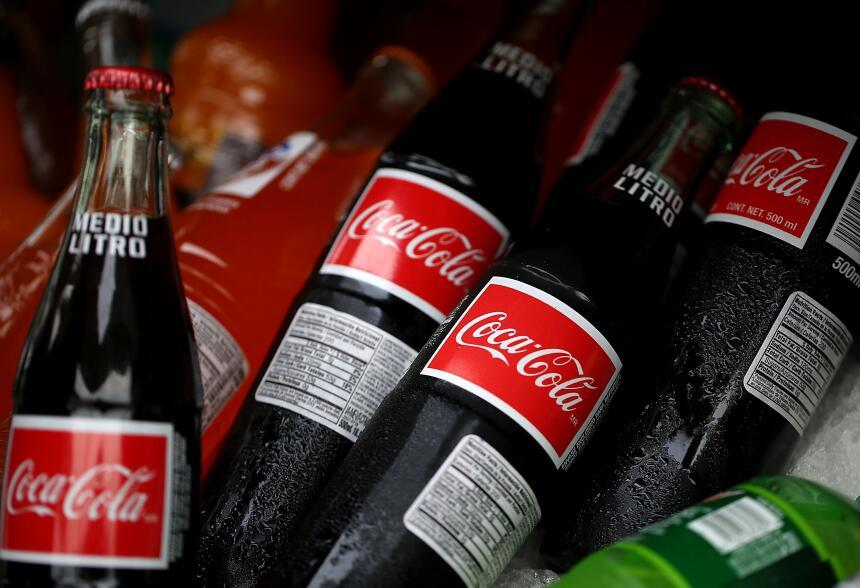 Las sodas deberán alertar sobre los riesgos de obesidad, diabetes y daño...