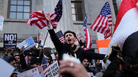 Protesta de yemeníes en Brooklyn contra veto de Trump a entrada de ciuda...