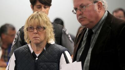 Asesinos fugitivos tenían un plan para matar al esposo de Joyce Mitchell