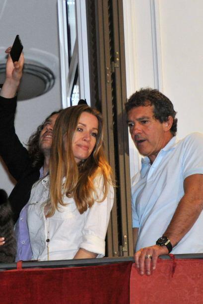 Estaba acompañado de su novia, Nicole Kimpel.