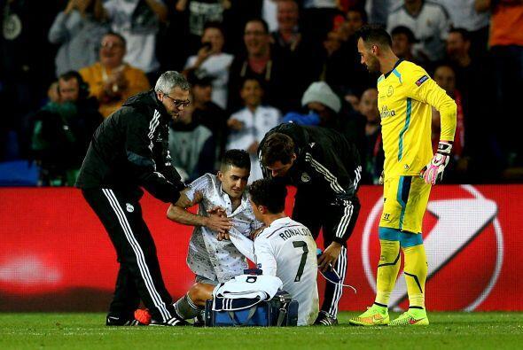 El delantero portugués sería atendido por los médicos del Real Madrid y...