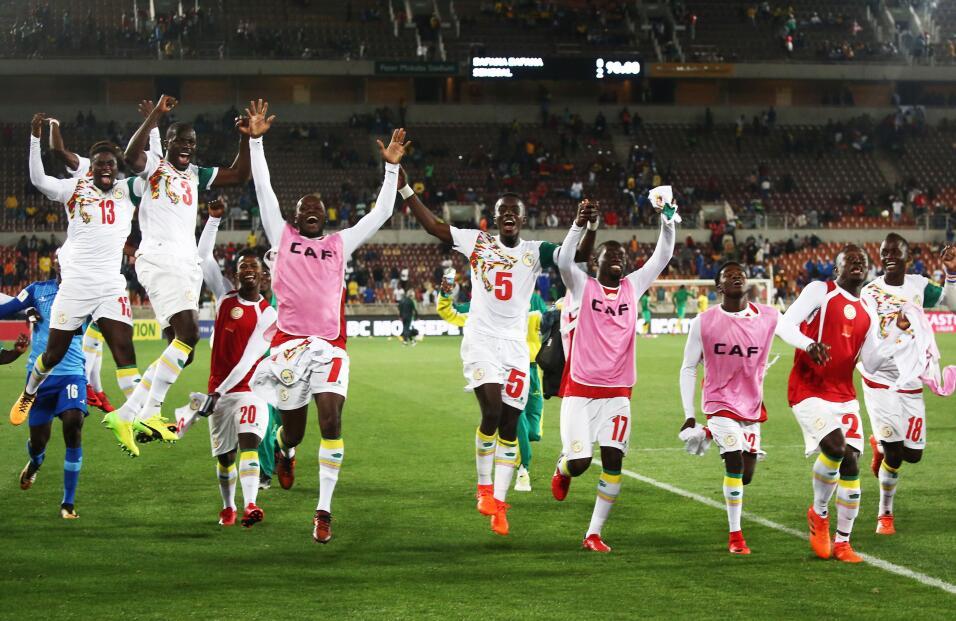 Panamá rescató el empate ante Gales gettyimages-872592618.jpg