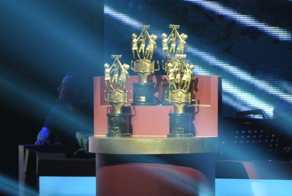 Aquí, los trofeos que los escuadrones se llevarían al saber quiénes eran...