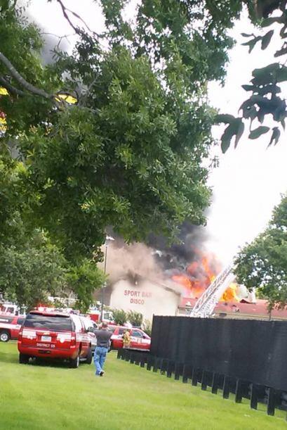 Incendio masivo en restaurante de Houston