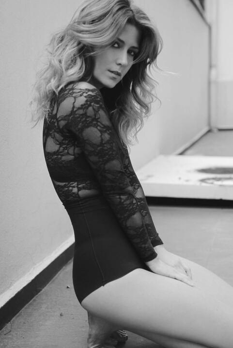 Valentina Acosta es Alejandra en 'El Chapo' Valentina+Acosta+by+Raul+Hig...