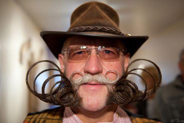Campeonato Mundial de Bigotes y Barbas - Si tu bigote es más complicado...
