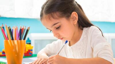 Consejos para crear un espacio ideal para que tu hijo estudie