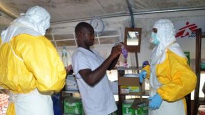 Hasta el momento han muerto 15 profesionales sanitarios debido al ébola.