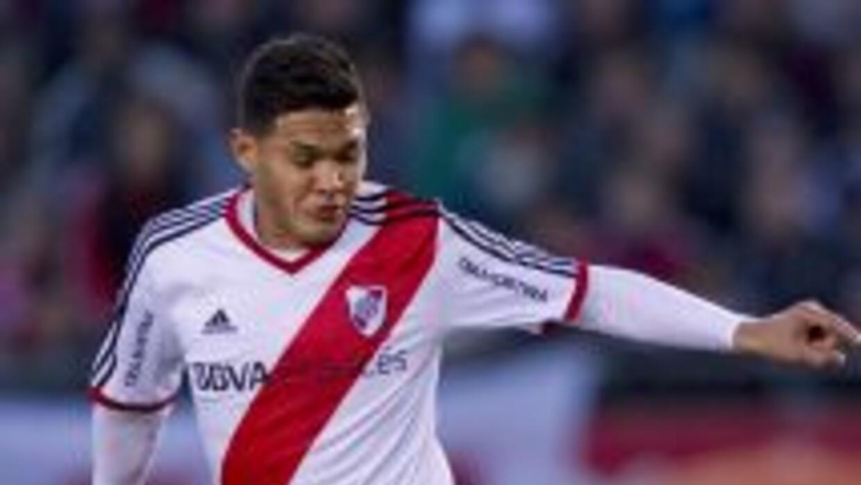 River Plate cayó en su cancha por 2-1 ante Colón en la cuarta jornada de...
