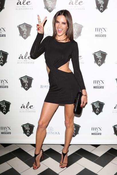 La modelo Alessandra Ambrosio festejó en grande su cumplea&ntilde...