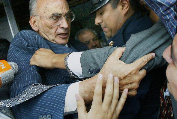 LUIS ECHEVERRÍA ALVAREZ.- Es un ex presidente mexicano al que se le culp...
